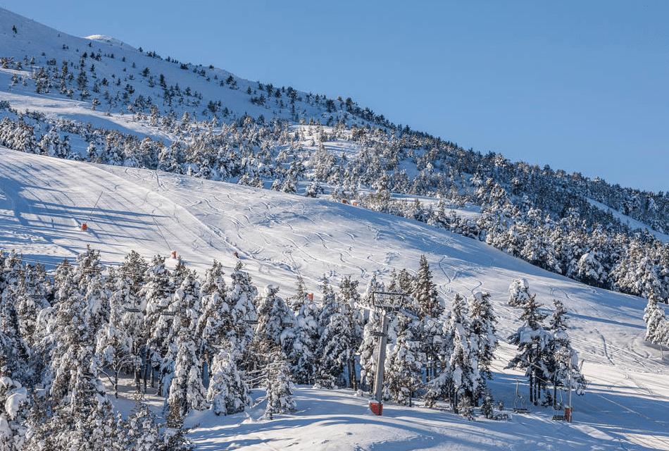 Gréolieres les Neiges en hiver