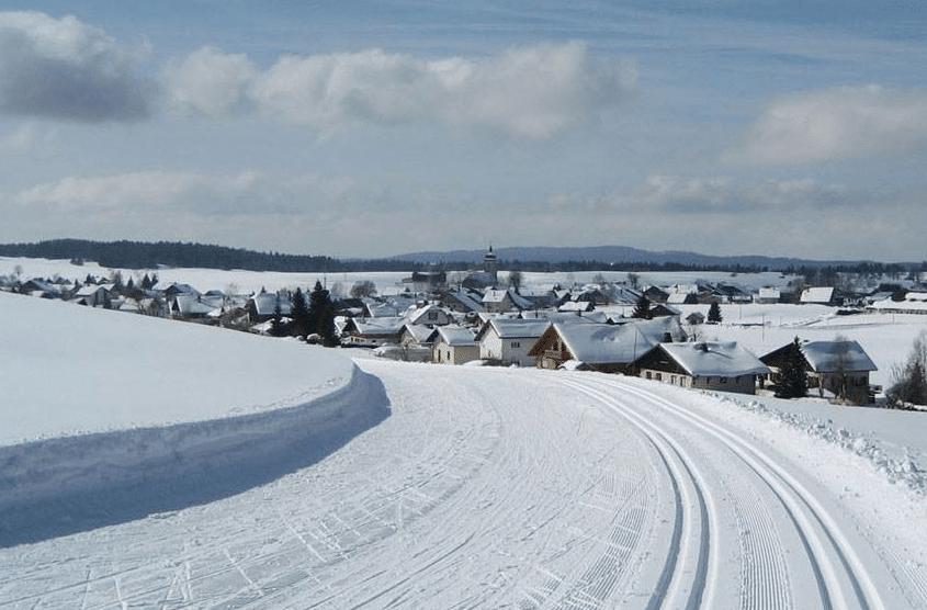Les Fourgs en hiver