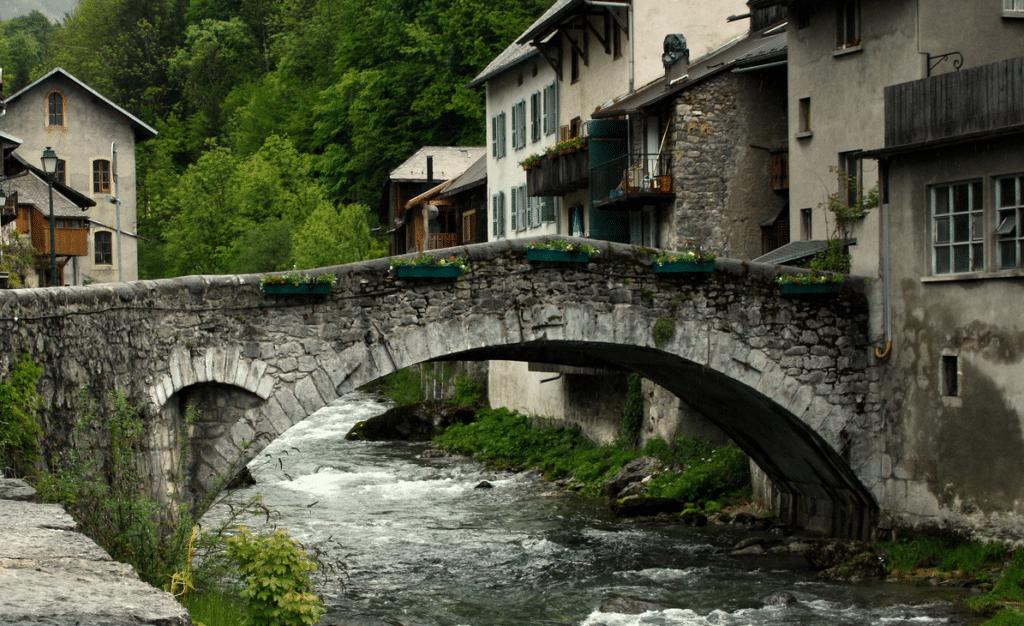 Praz de Lys (et le village de Taninges)
