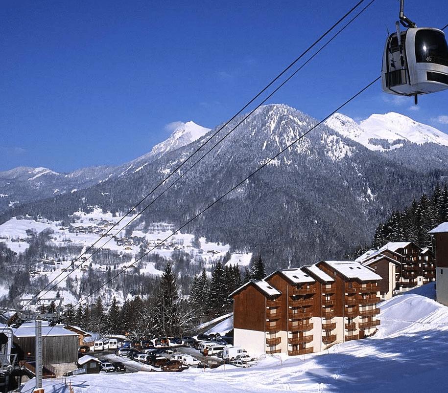 Roc d'Enfer ,les pistes (et Saint jean d'Aulps) en hiver
