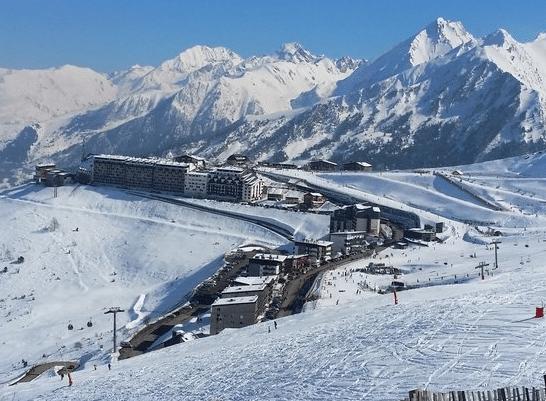 Saint-Lary Soulan (et la station du Plat d'Adet) en hiver