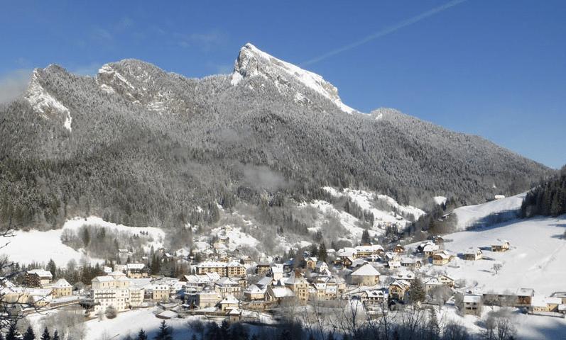Saint Pierre de Chartreuse (et son village) en hiver